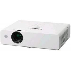 Panasonic PT-LB332E (Портативный проектор)
